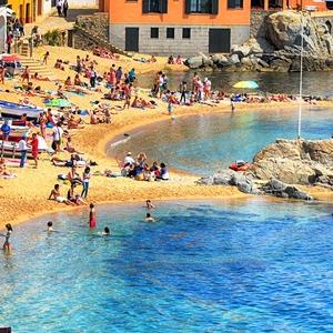 Barcelona Girona & Costa Brava Excursion