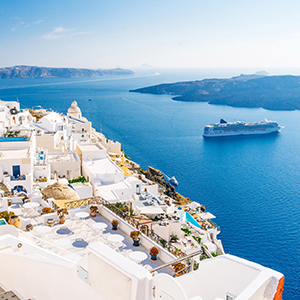 Half-day Santorini South Coast and Akrotiri Tour from Fira