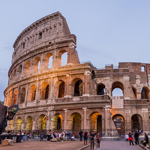 Skip theLine Half-Day Colosseum Forum & Palatine Hill Tour